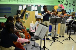 students learning Violin